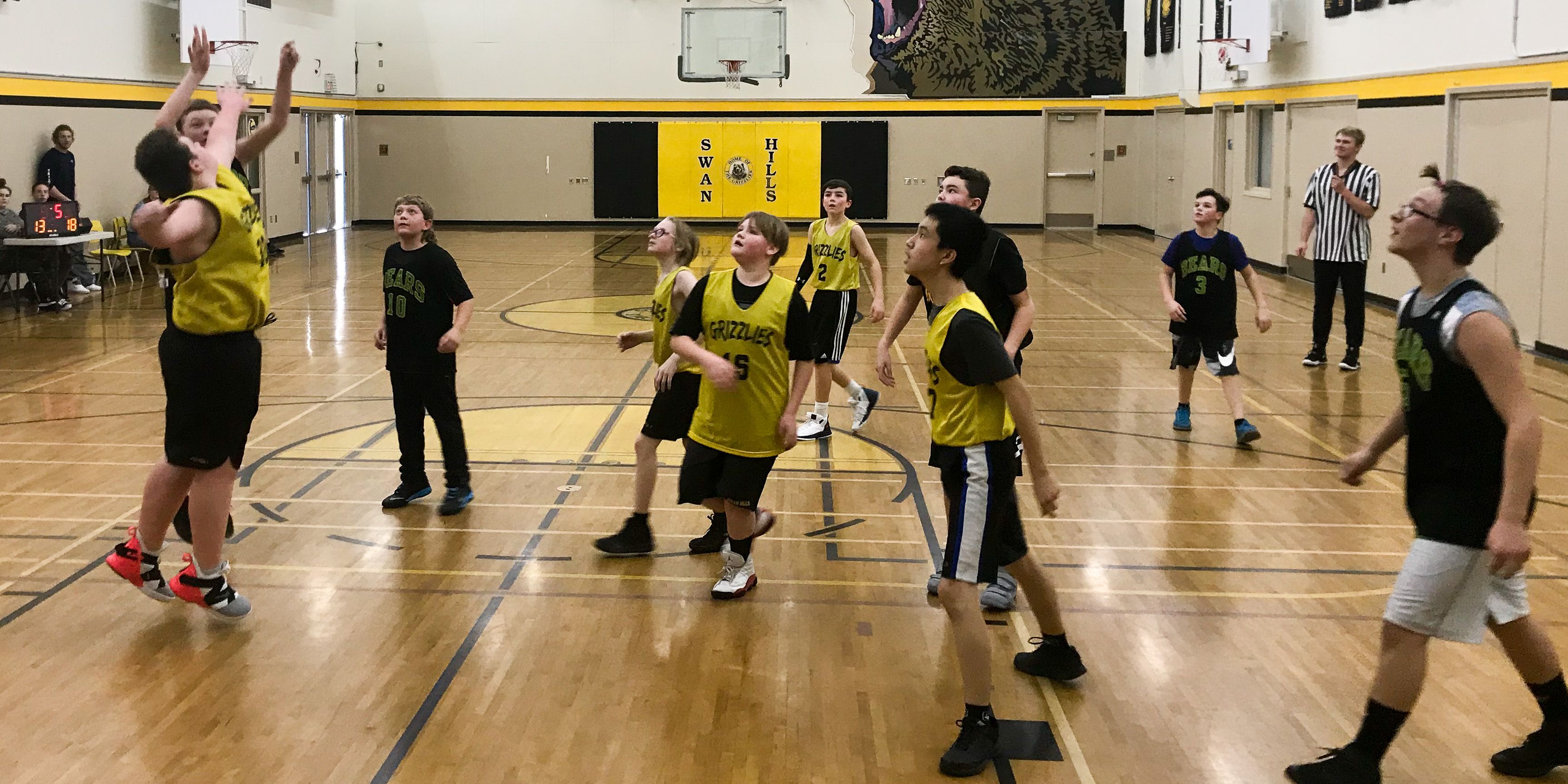 7/8 Boys' Basketball – See slideshow in Photo Galleries