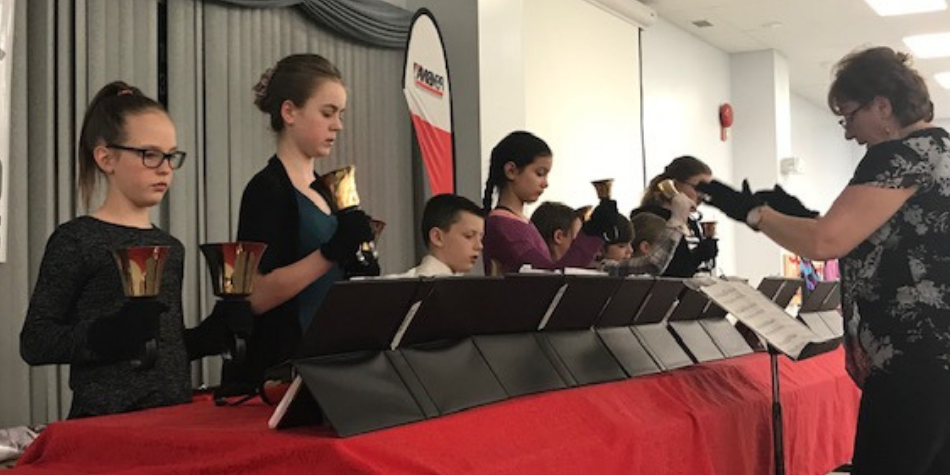 Handbells Choir Performs for Local Event