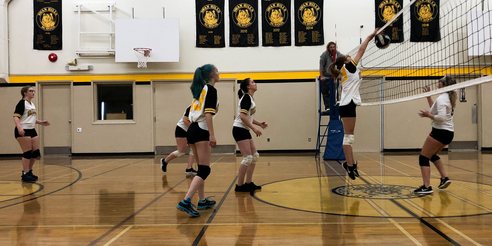 Senior Girls Volleyball vs Fox Creek – check out the Photo Galleries for a slideshow