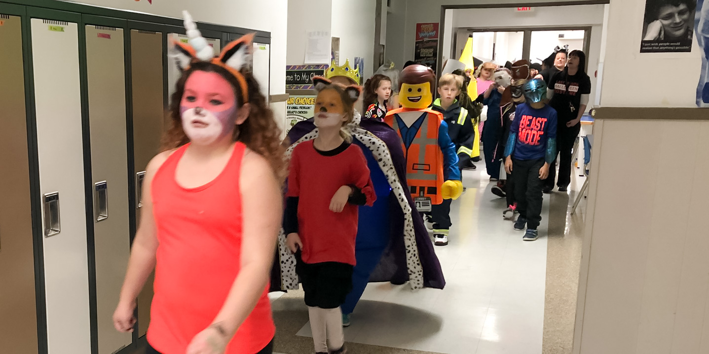 Grade 4 Students in the Halloween Parade