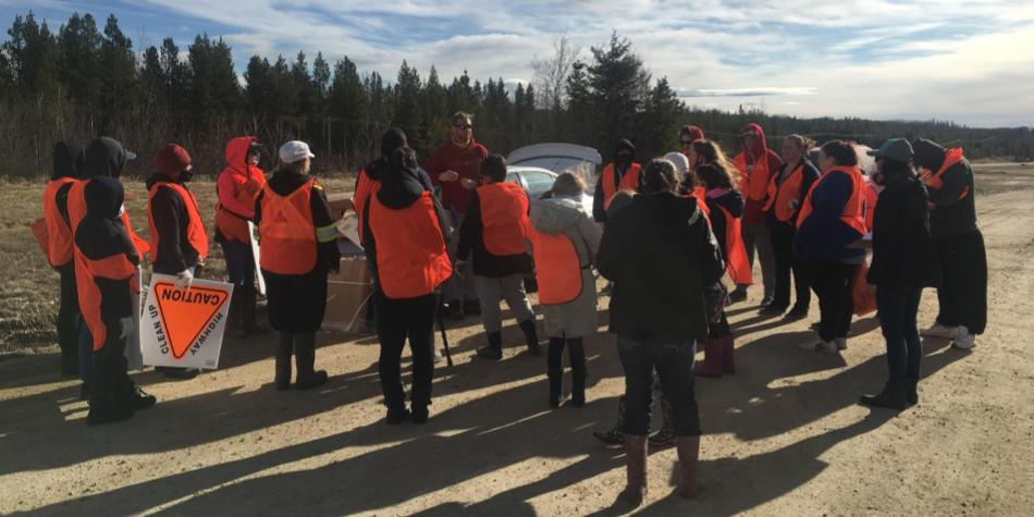 Students Gather for Highway Road Clean-Up